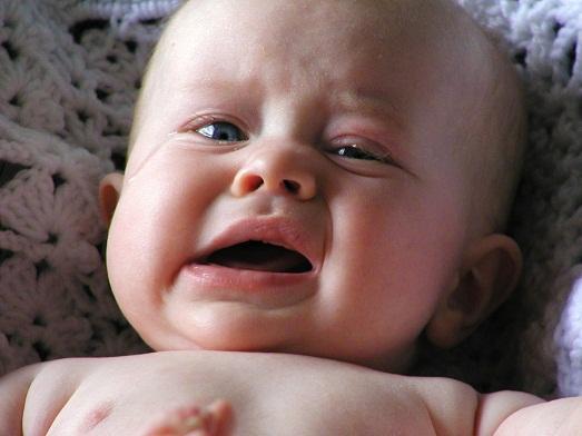 baby kühle haut schreit